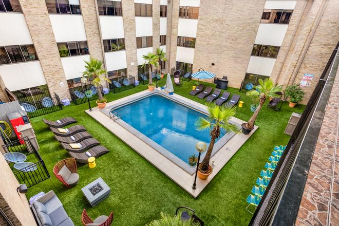 Riverwalk Plaza Hotel - San Antonio - Bể bơi