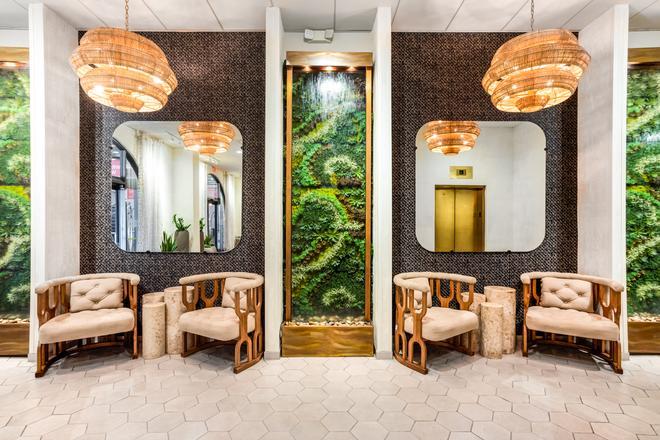 Riverwalk Plaza Hotel - San Antonio - Hành lang