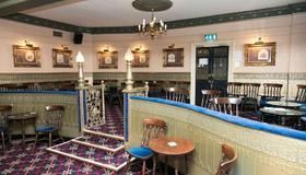 Queens Hotel - Blackpool - Bar