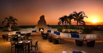 The Mayfair at Coconut Grove - Miami - Patio