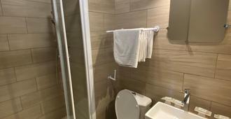 Hotel Angleterre - Paris - Bathroom