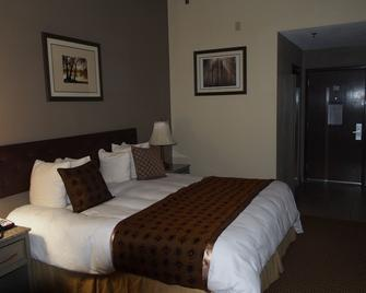 Rest-Full Inn - Coffeyville - Bedroom