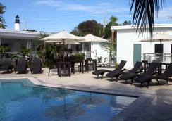 Orchid Key Inn - Key West - Piscine