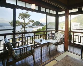 Yasudaya - Izunokuni - Balkón