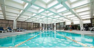 جولدن فلاور هوتل - زيان - حوض السباحة
