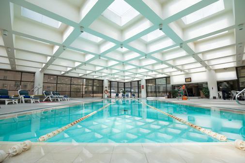 西安香格里拉金花飯店 - 西安 - 游泳池