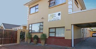 Ludick's Lodge - Cape Town - Building