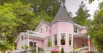 The Pink Mansion - Calistoga - Gebäude
