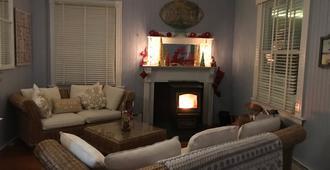 Isabelle's Beach House - Oak Bluffs - Sala de estar