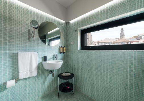 Casa dos Lóios by Shiadu - Porto - Bathroom