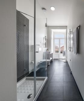 Tesouro da Baixa by Shiadu - Lisbon - Bathroom