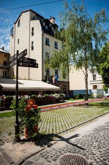 聖費德酒店 - 利沃夫 - 利沃夫 - 室外景