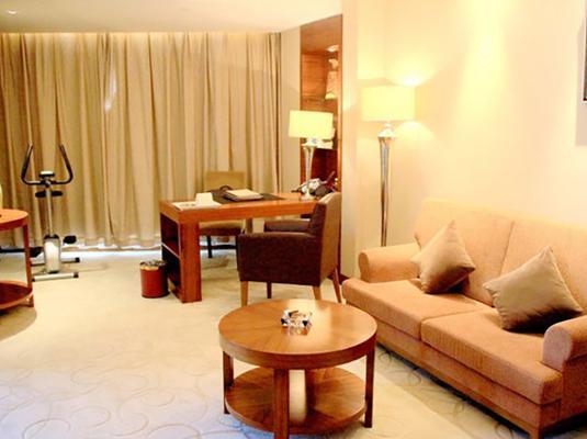 Yangzhou Garden International Hotel - Yangzhou - Olohuone