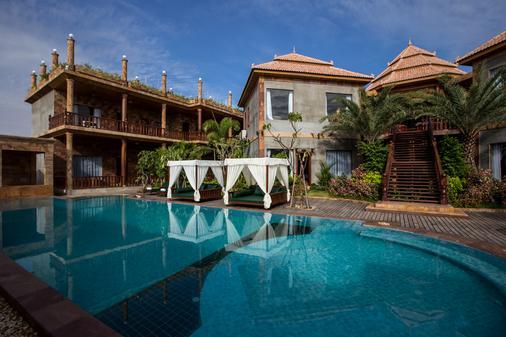 Model Angkor Resort - Siĕm Réab - Rakennus