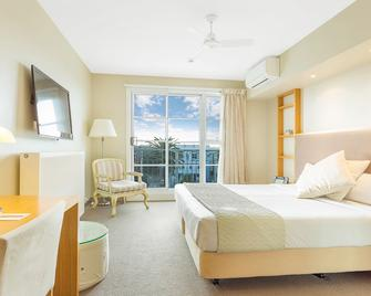 Deep Blue Hotel & Hot Springs - Warrnambool - Schlafzimmer