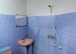 Citrus Tree Rooms - Hutama - Ubud - Bathroom