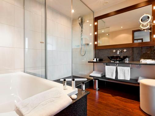 Fleming's Selection Hotel Frankfurt-City - Frankfurt am Main - Bathroom