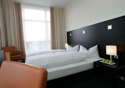 法蘭克福紐波斯弗萊明酒店 - 法蘭克福 - 法蘭克福 - 臥室