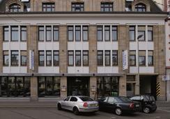 Fleming's Hotel Frankfurt Hamburger Allee - Frankfurt - Rakennus
