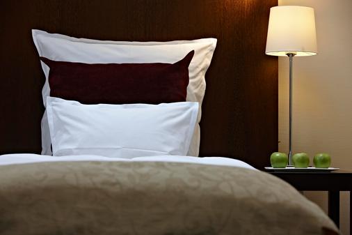 施泰根博閣大都會酒店 - 法蘭克福 - 臥室