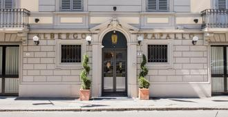 Hotel Rapallo - Florence - Building