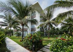 Sunrise Premium Resort Hoi An - Hội An - Toà nhà