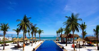 Sunrise Premium Resort Hoi An - Hoi An - Πισίνα