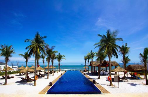 Sunrise Premium Resort Hoi An - Hội An - Bể bơi