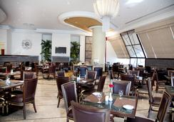 Grand Excelsior Hotel Al Barsha - Dubai - Restaurant