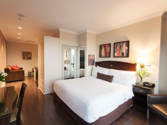 Grand Hotel & Suites - Торонто - Спальня