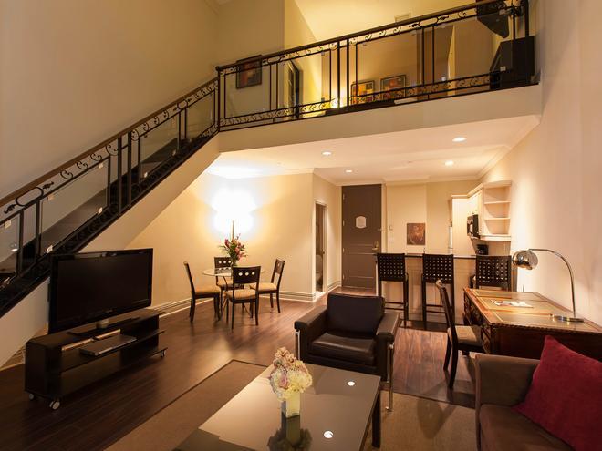 Grand Hotel & Suites - Торонто - Гостиная