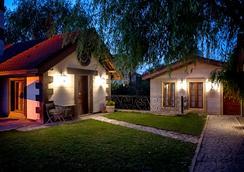 Wineport Lodge Agva - Şile - Building