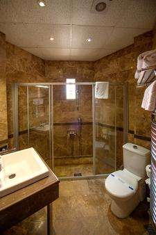維尼波亞瓜旅館 - 希勒 - 賽爾 - 浴室