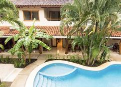 Ten North Tamarindo Beach Hotel - Tamarindo - Edificio