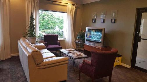 Fairbridge Inn Express - Villa Rica - Recepción