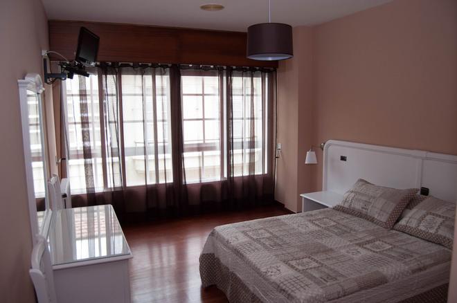 Hostal La Frontera - Ferrol - Bedroom