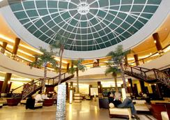 St Laurn The Spiritual Resort - Shirdi - Lobby