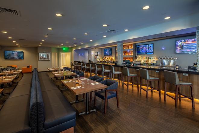 Scholar Hotel Syracuse - Syracuse - Bar