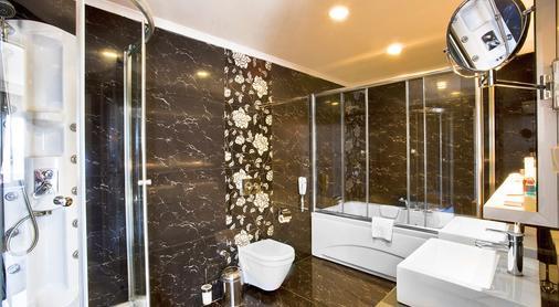 Oz Hotels Antalya Hotel Resort & Spa - Antalya - Banyo