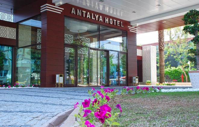 Oz Hotels Antalya Hotel Resort & Spa - Antalya - Rakennus