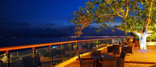 Oz Hotels Antalya Hotel Resort & Spa - Antalya - Balcony