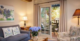 Carmel Country Inn - Carmel-by-the-Sea - Sala de estar