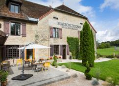 Maison Zugno - Poligny - Building