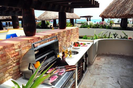 El Taj Oceanfront & Beachside Condo Hotel - Playa del Carmen - Restaurant
