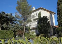 Hôtel Le Thimothée - Saint-Raphaël - Outdoor view