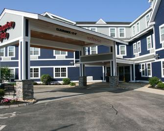 Hampton Inn Dover - Dover - Building