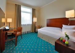 Hotel Der Lindenhof - Gotha - Bedroom