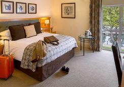 The Runnymede On Thames - Egham - Schlafzimmer