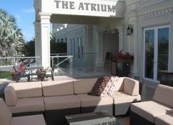 The Atrium Resort - พรอวิเดนเซียลิส - อาคาร