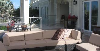 The Atrium Resort - Providenciales